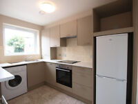 *NO DSS*A stunning 1 double bedroom 1st floor flat with parking space in the heart of Winchmore Hill