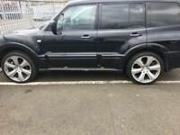 Mitsubishi shogun Warrior 3.2 one you dont want to miss out on be quick. first to view will buy