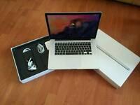 Macbook pro 15 inch (Retina) i7