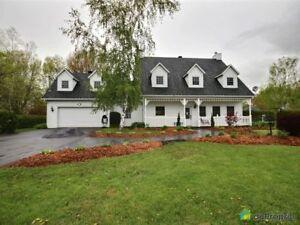 499 000$ - Maison 2 étages à vendre à Henryville