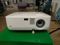 NEC NP400 Working Projector