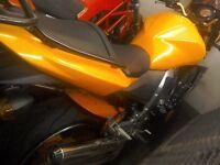 Kawasaki Z1000 may px Ducati