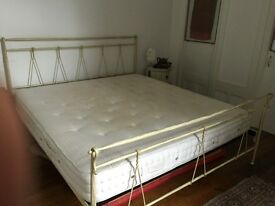 PlayBoy Retiring Must Sell King Size Bed Can Sleep 4 ??