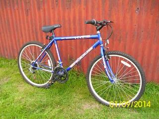 Mens mountain bike , as new