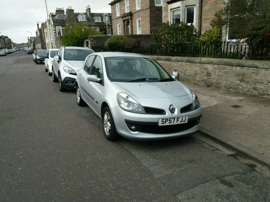 Renault Clio 1.1 57 Plate Just Moted for a year very economical