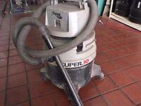 Aqua Vac Super 30 wet Hoover vacuum cleaner