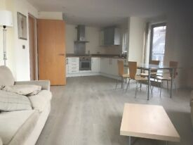 Well presented large two bed flat