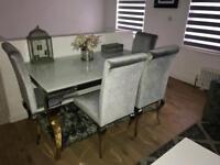 Fairmont Park Dining Table and 4 chairs