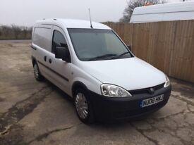 Vauxhall combo crew cab van (5 seats, tow bar)