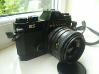 ASAHI PENTAX ES 35MM FILM SLR CAMERA WITH SESNON WIDE LENS