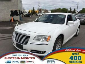 2012 Chrysler 300 TOURING | V6 | KEYLESS ENTRY