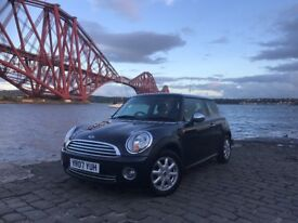 Mini Cooper 1.6 Chilli Pack..Full Main Dealer Service History..MOT'd Aug 2019..Outstanding Example..