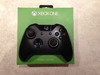Xbox One Controller with box