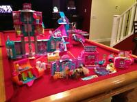 Huge Collection of Polly Pockets