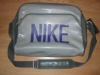 """Brand New Messenger Style Nike Laptop Bag-Fits Most 15"""" Laptops"""