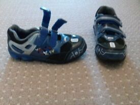 Size 9 infant trainers with light up sole