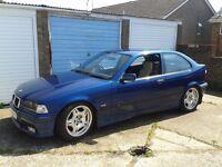 BMW 318ti Compact.