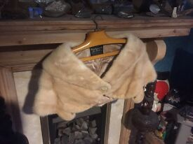 Mink vintage fur cream shawl style 1940s