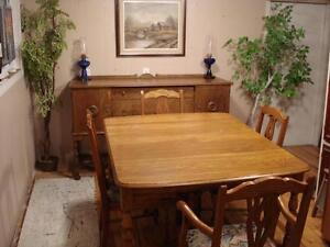 Gorgeous 10 Piece Antique Dining Suite