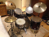 Pearl 5 Piece Drum Kit with Leather Cymbal Case