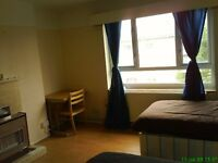 Massively big double room for couple or 2 girls share. 8 min walk to Westfield. 1 week deposit only