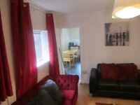 Bills Inclusive Double Room with it's Own Ensuite in Professional House Share in City Centre