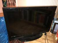 SOLD. Flat screen 32ins tv