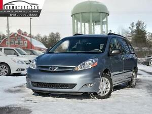 2009 Toyota Sienna LE FWD 8 Passenger