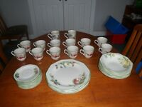 Churchill 39 Piece Dining Set Crockery Fruit Pattern Made in England
