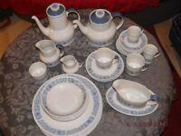 Royal Doulton Dinner Service (cranbourne pattern. TC1032)