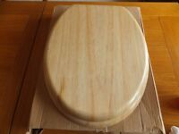 TOILET SEAT-NATURAL EFFECT PINE-NEW