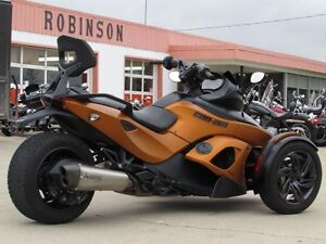 2013 can-am Spyder RS-S SM5   8,500 KMS  Only $39 weekly!  Power London Ontario image 2