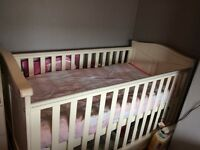 Cotbed with mattress double draw adujable height teething rail
