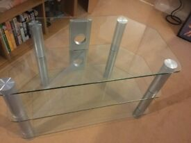 Clear Tempered glass 3 shelved TV/DVD Stand.