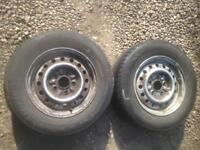 2 tyres on rims from a Nissan serena