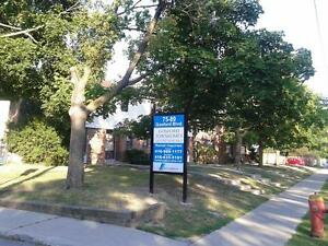 4 BR TOWNHOUSE AVAILABLE BY JANE & STEELES (6TH MONTH FREE)