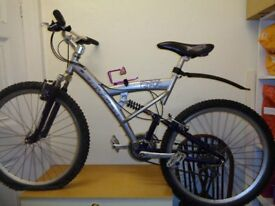 Saracen downhill adults mountain bike with spare wheel