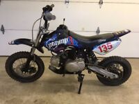 2016 STOMP JUICEBOX 3 MOTOCROSS PIT BIKE, SEMI AUTO, 110CC,