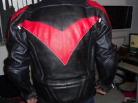 Kevlar racing jacket with kevlar / steel and reinforced breathable inserts / padding