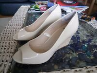 Lady White Shoes Size 5