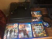 PS4 S 500GB + Games