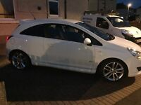 finished in dazzling Diamond White this beautiful little Corsa