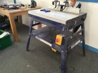 Charnwood router table and extractor