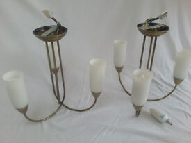 Pair of ceiling-mounted multi-arm lights - Antique brass finish