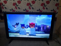 LG LED TV 32 INCH FOR SALE IN EXCELLENT CONDITION MODEL NUMBER 32LF510B