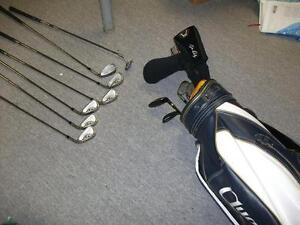 whole set of golf clubs in good shape, comes with bag