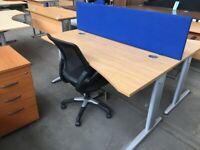 OAK WAVE OFFICE COMPUTER DESK,CANTILEVER LEGS ,140 x 100 CM, 1x L 1x R hand