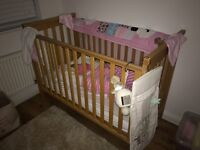 Crib from mamas and papas mattress included from non smoking home