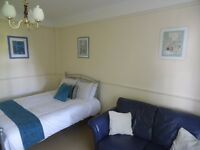Nice double room with 32 inch TV in Maida Vale!!