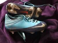 Nike boys size 1 football boots